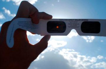 Los 5 mejores lentes para eclipse de sol